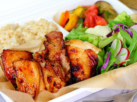 ①ベーシック -Basic Chicken Box-