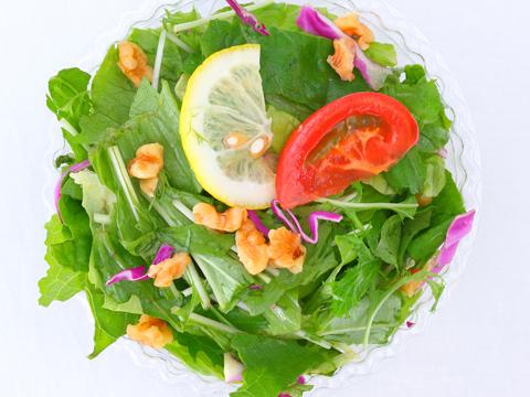 グリーンナッツサラダ